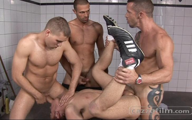camera espion vestiaire gay