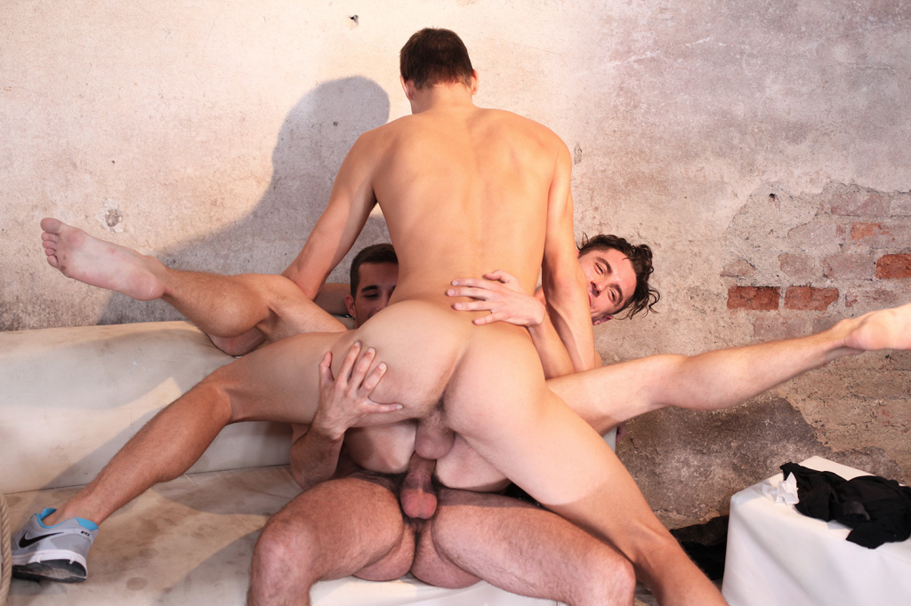 Twink Double Anal Fucked By His Two Friends