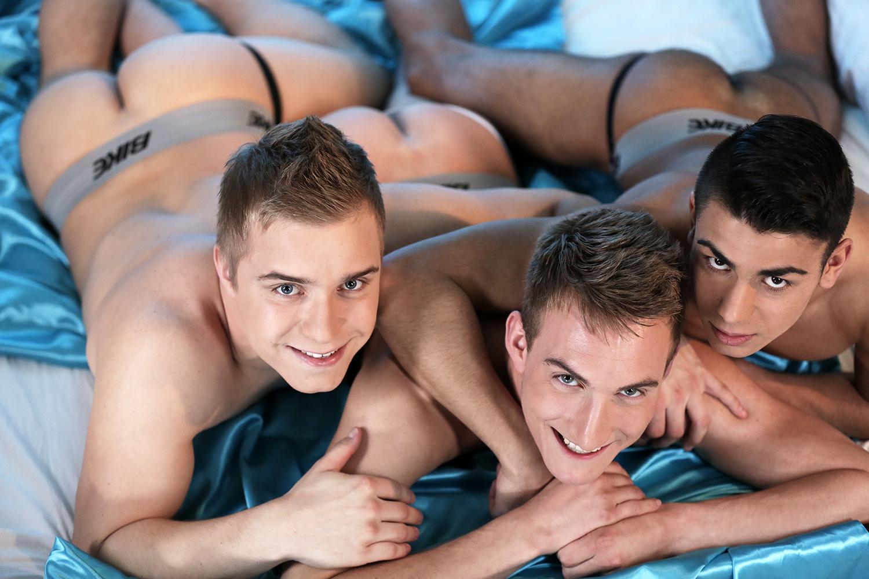 gay video cul plan à 3 gay