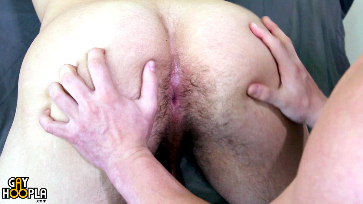 exhib jeune gorge profonde homo