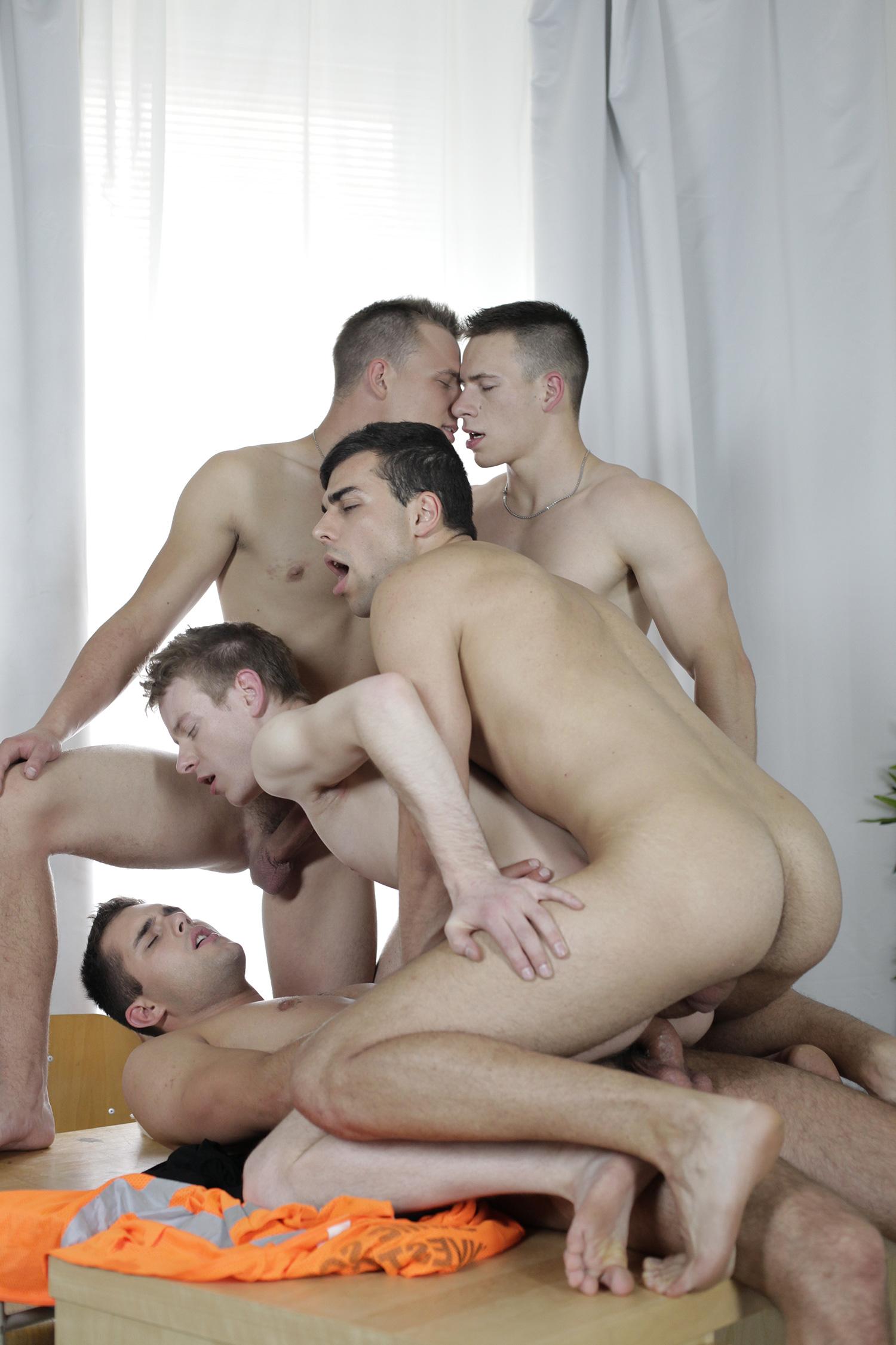 Photo Partouze Gay 20