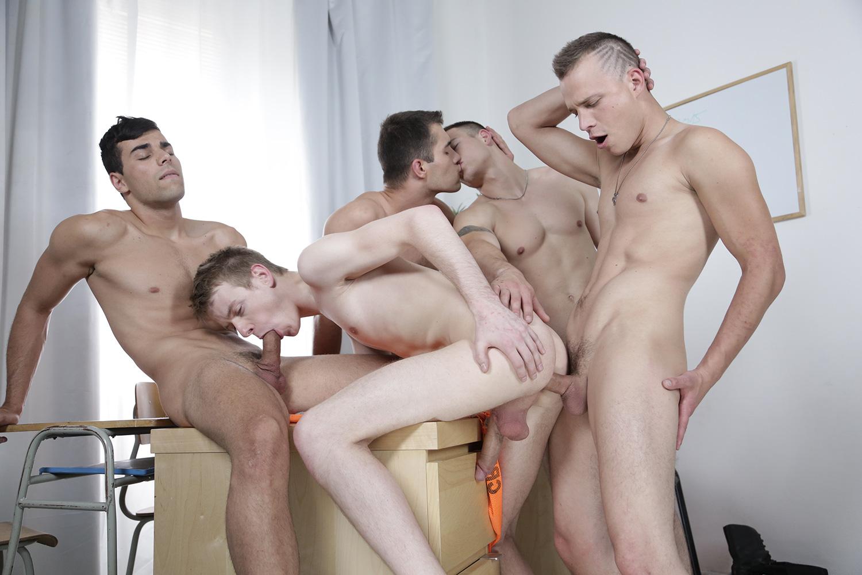 Gay strait alliance