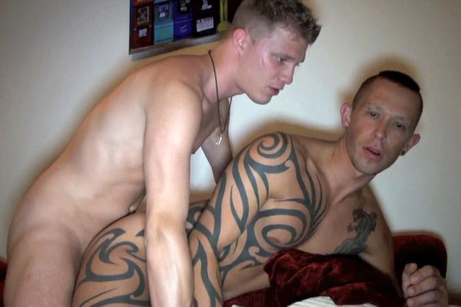 jeune gay gratuit partouze gay nantes