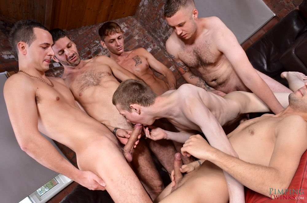 homme gay muscle gang bang minet