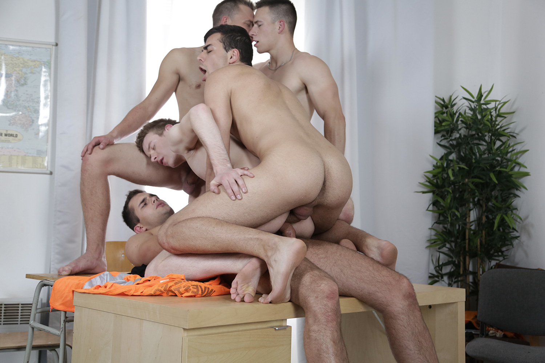 asiatique gay partouze gay paris