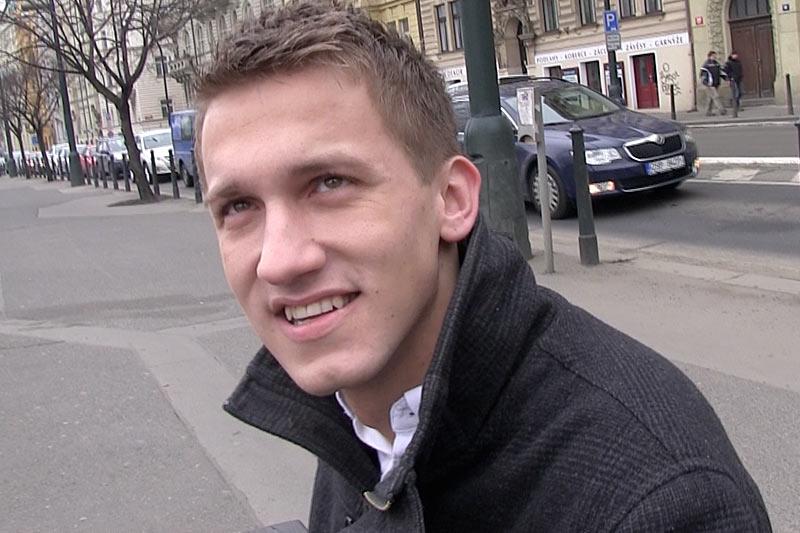 lieu rencontre gay paris à Charleville-Mézières