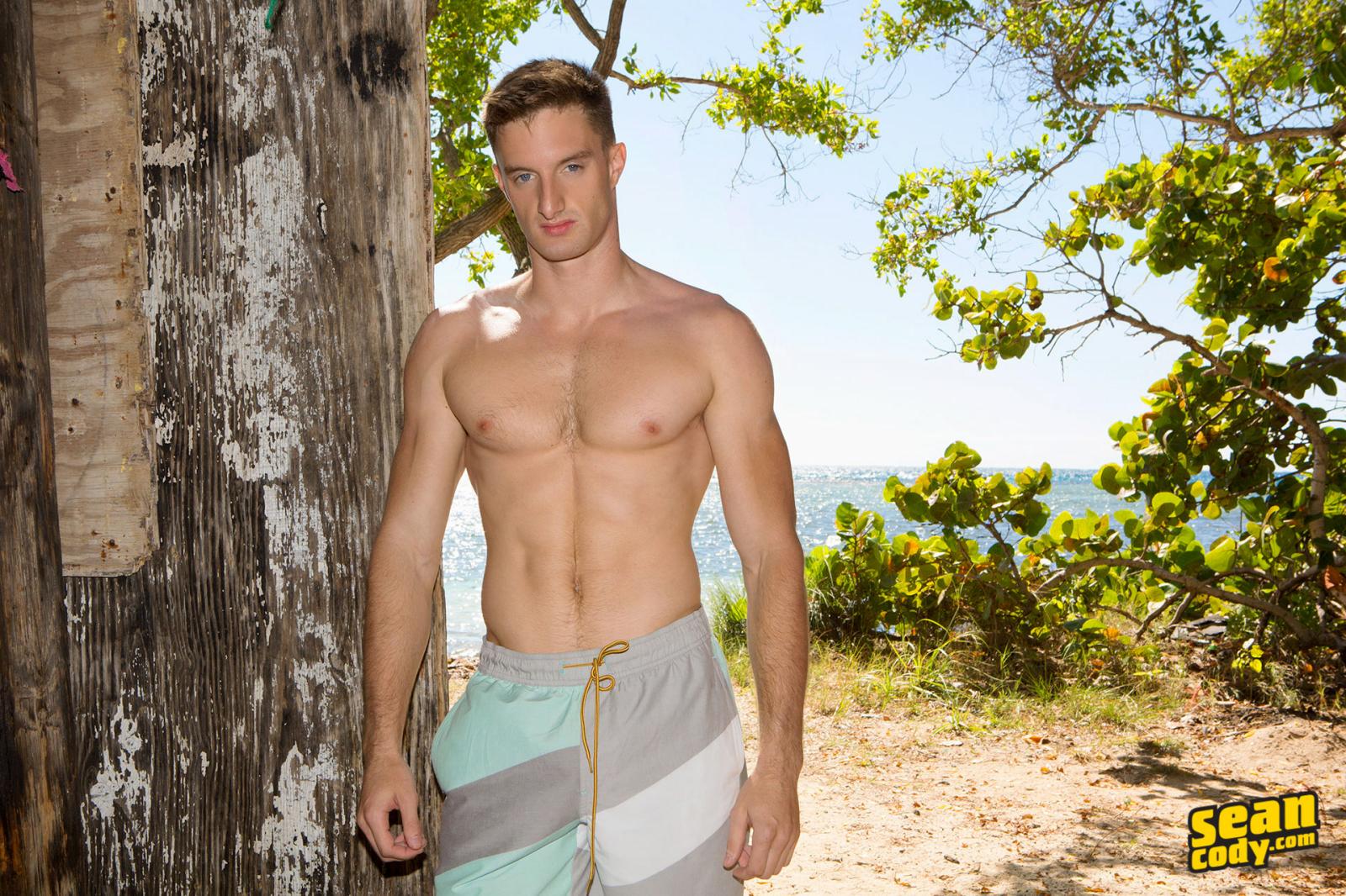 BoyFun : Casper Ivarsson | GayMobile.fr